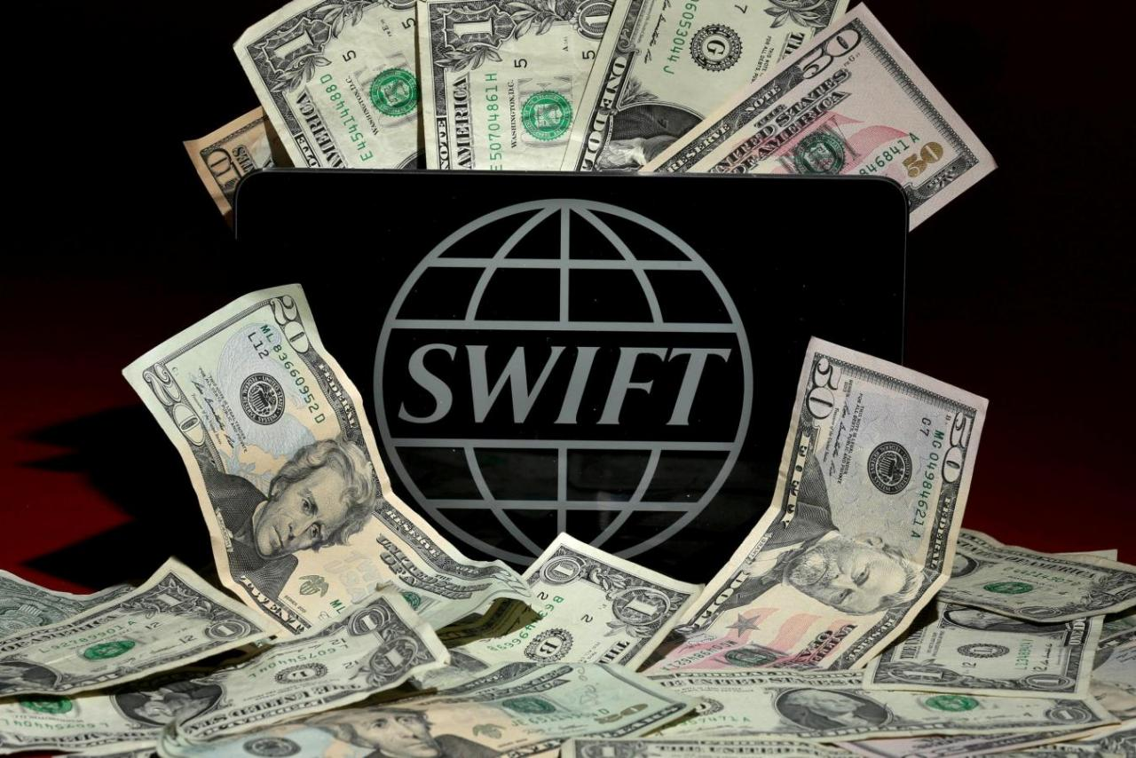 SWIFT-Dollar
