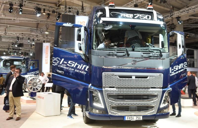 Volvo-truck-454