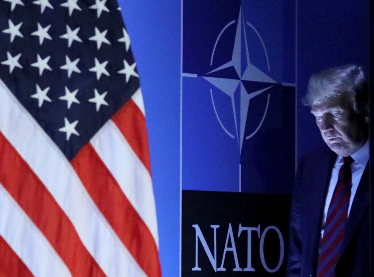 NATO878