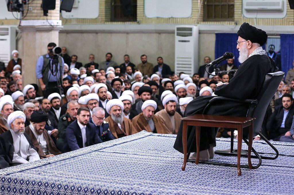 2019-01-09T100707Z_1911865746_RC1DFDADA600_RTRMADP_3_IRAN-POLITICS-KHAMENEI