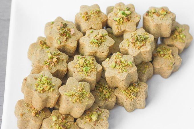 nan-e-nokhodchi-persian-chickpea-cookies-10