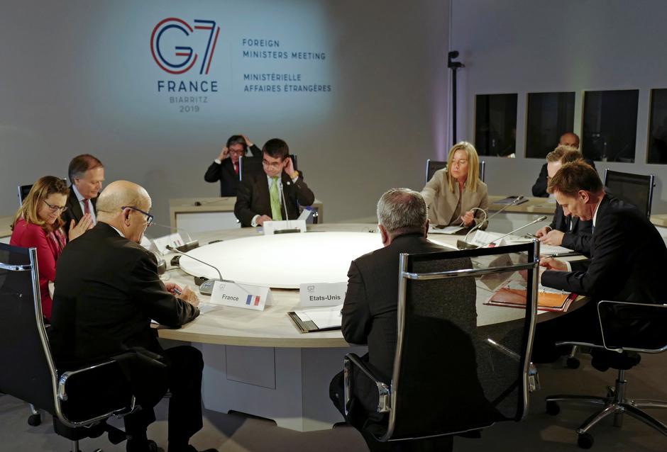 G7-France-4340