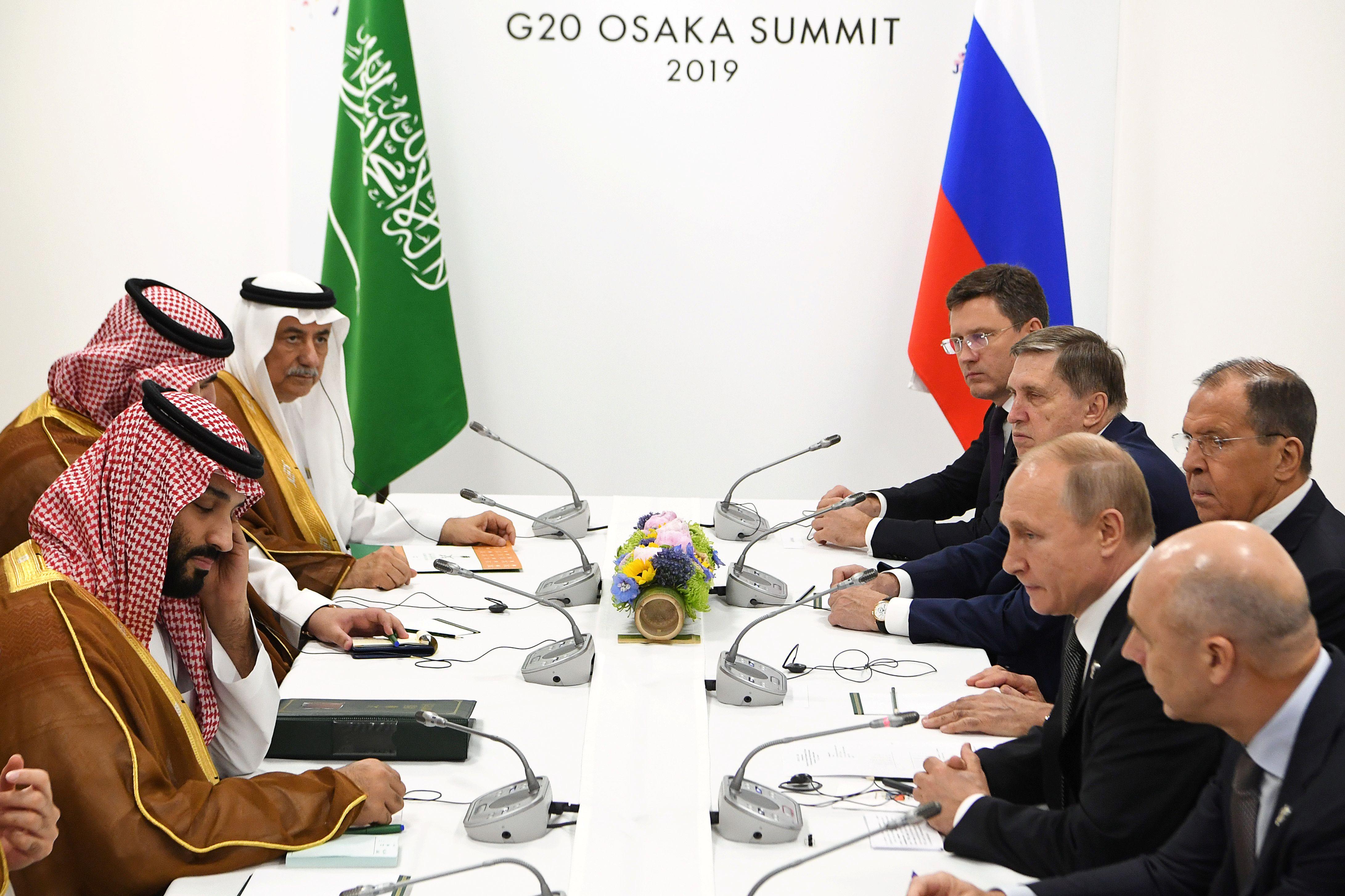 """Résultat de recherche d'images pour """"Russia, Saudi Arabia, oil deals, 2019"""""""