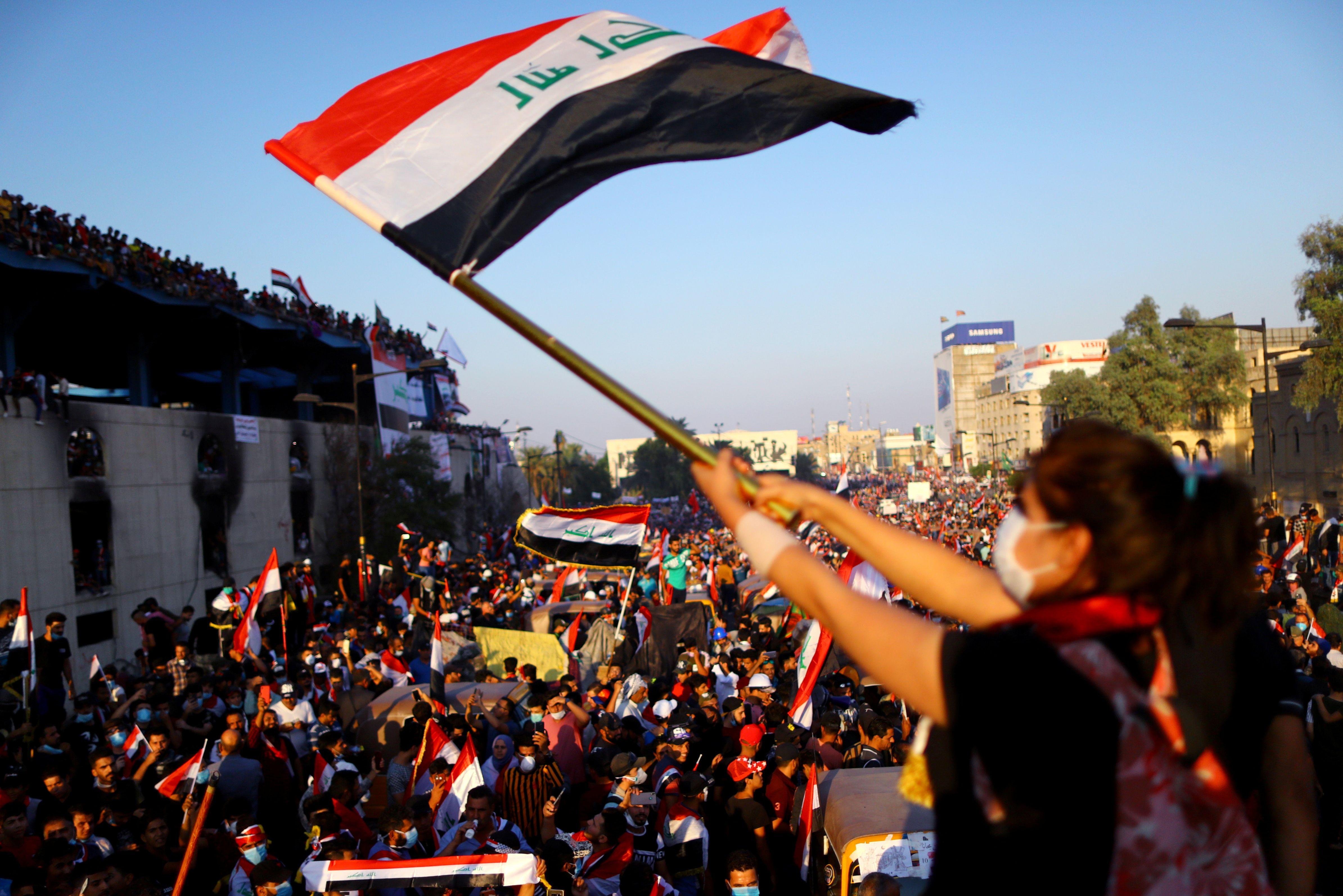 2019-11-01T165437Z_308595639_RC164BCA0C20_RTRMADP_3_IRAQ-PROTESTS