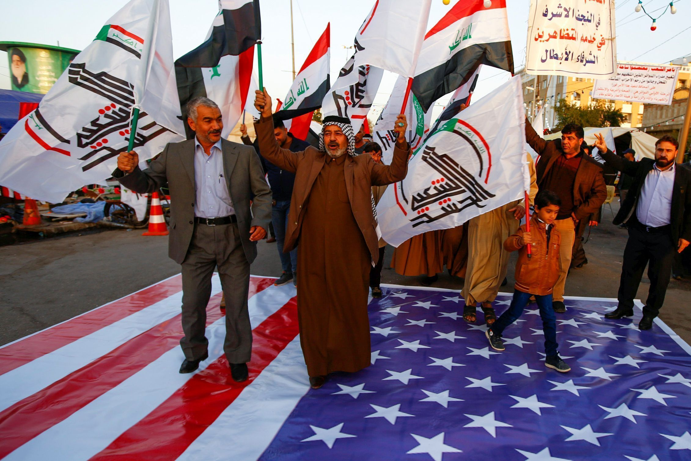 2019-12-30T143631Z_1567966489_RC2Q5E9X7DV4_RTRMADP_3_IRAQ-SECURITY-USA