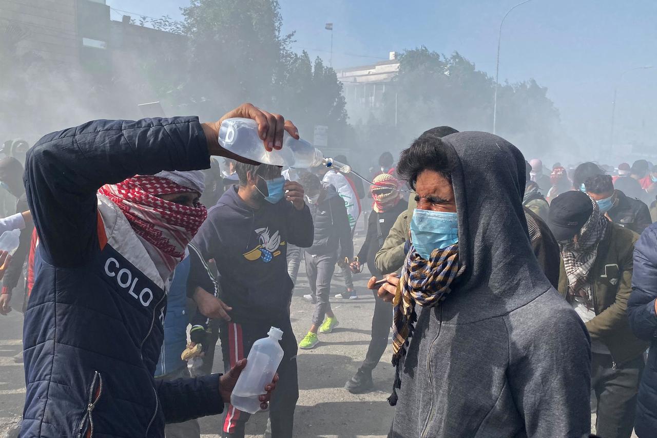 IRAQ-PROTEST-23